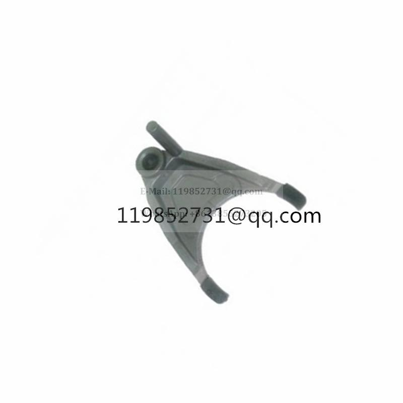Clutch Fork for Nissan Platina Versa March Tiida Note Renault Garfo Clio Scenic Megane Knagoo Gear Selector fork 32819-00Q0D 7700736440